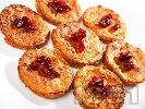 Рецепта Ябълкови кокоски с корнфлейкс и зърна от нар